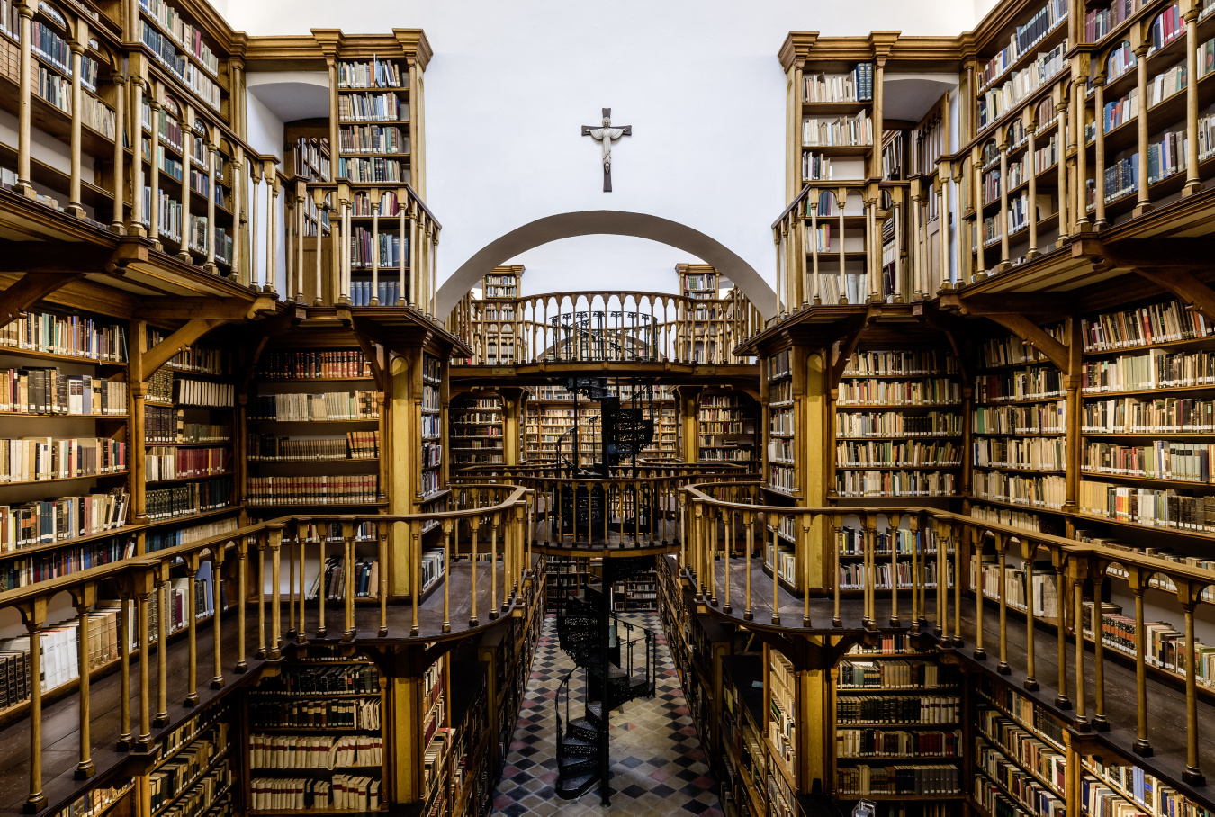 Graf Luckner Fotografie Bibliothek Kloster Maria Laach 10
